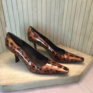 Stuart Weitzman Patent Leather Heel Size 6.5M